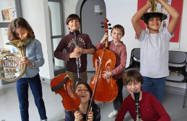 L'enseignement artistique sera assuré par l'équipe pédagogique du Conservatoire de Musique et d'Art Dramatique de Nevers.