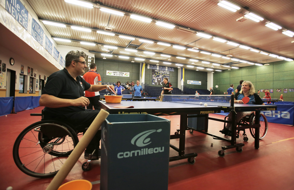 Le tennis de table handisport se pratique au club Élan Nevers, salle Patrick-Birocheau